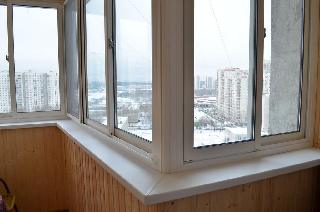 Остекление балкона в доме серии п-3. заказать теплое остекле.